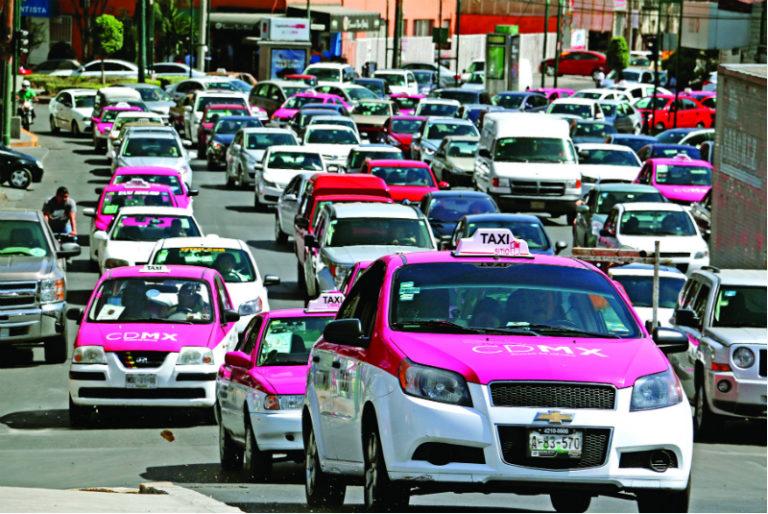 ¿Por qué la gente sigue en la calle ante emergencia de coronavirus en México?