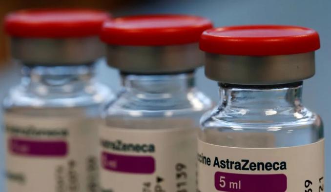 Vacunas de AstraZeneca fueron enviadas a México y Canadá antes de inspección adecuada a plantas